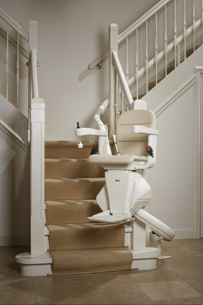 freecurve-stairlift-1