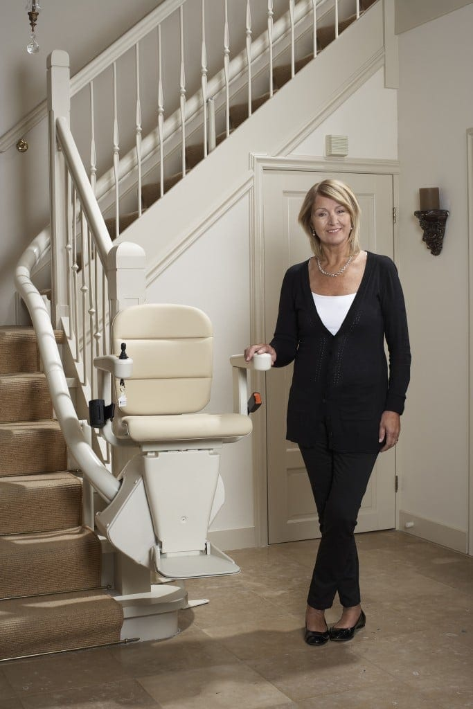 freecurve-stairlift-2